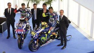Jorge Lorenzo y Valentino Rossi en la presentación de Yamaha