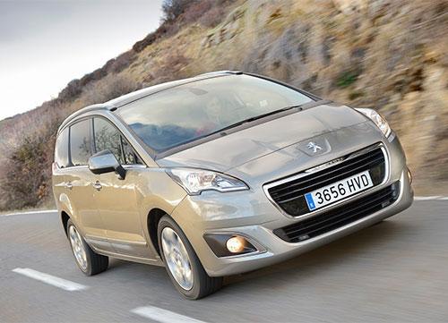 El Peugeot 5008 estrena versión