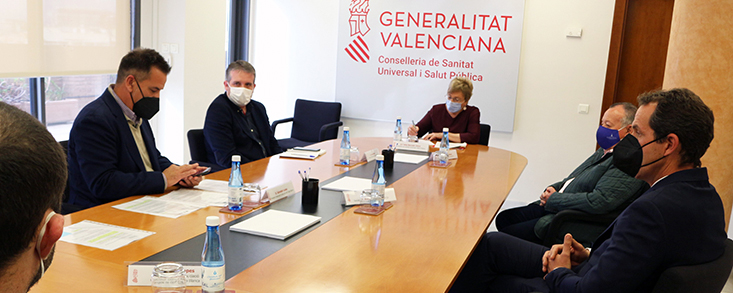 El sector del golf valenciano se reúne con la Consellera de Sanitat para buscar una solución al cierre de los campos