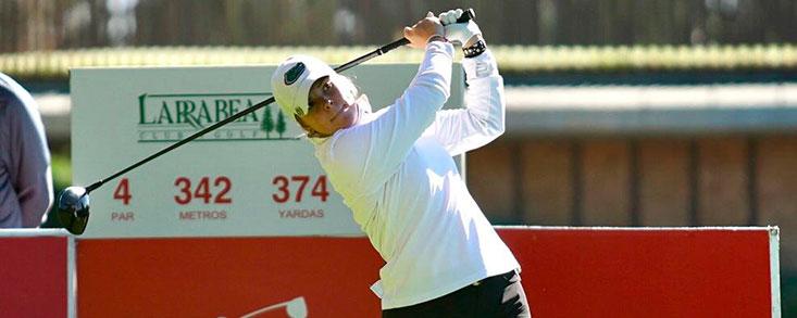 Marta Pérez, líder del Santander Golf Tour Álava a base de birdies