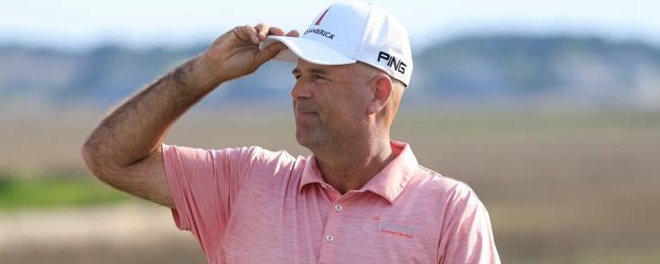 Stewart Cink (-18) cada vez más cerca de su octavo título en el PGA Tour