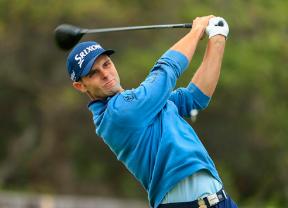 Adri Arnaus (-6) se une al grupo de cabeza y es colider después de recorrer el Wentworth Golf Club sin bogeys