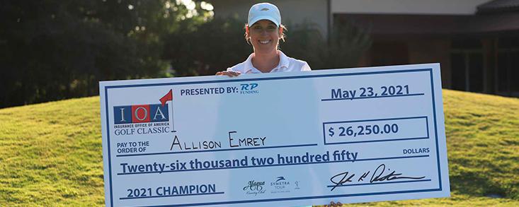 Allison Emrey gana el play-off del IOA Golf Classic