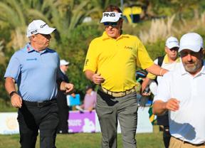 Miguel Ángel Jiménez y Santi Luna acaban con cuatro bajo par lejos del argentino Rafael Gómez, primer lider del torneo con -8