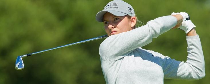 Anne Van Dam lidera el torneo con tres españolas aún en juego