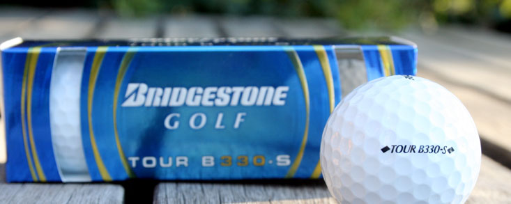Esta es la nueva bola de Tiger Woods, de momento