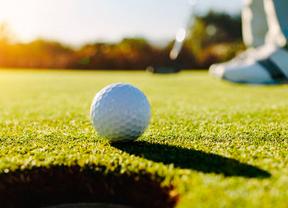 ¿Dónde puedo jugar al golf en Madrid dependiendo del municipio en el que vivo?