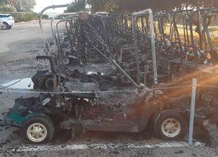 Arden 44 buggies en un incendio fortuito