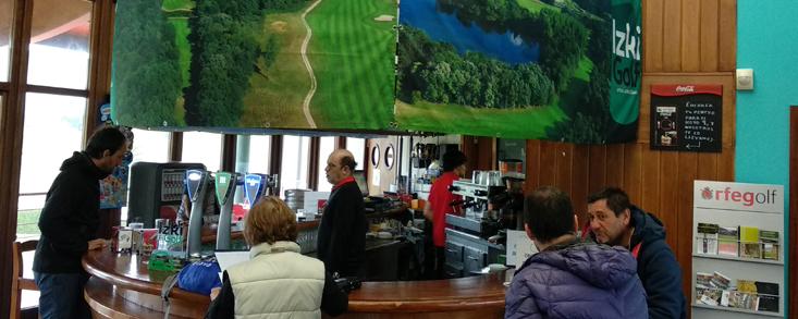 Izki Golf, parada y fonda de los jugadores del Challenge de España