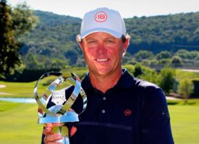Cameron Beckman gana su primer torneo en el 'Champions' con Jiménez tercero