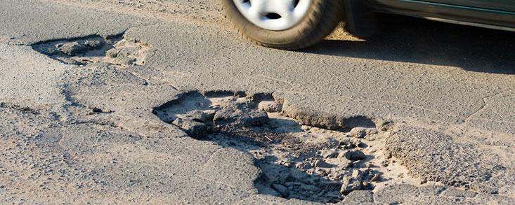 Insuficiente inversión para carreteras