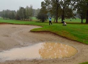 La lluvia obliga a suspender la segunda jornada del Italian Challenge Open