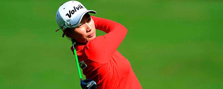 Chella Choi comienza líder en una ronda incompleta