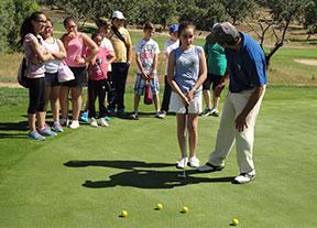 Plan para regularizar la enseñanza de golf