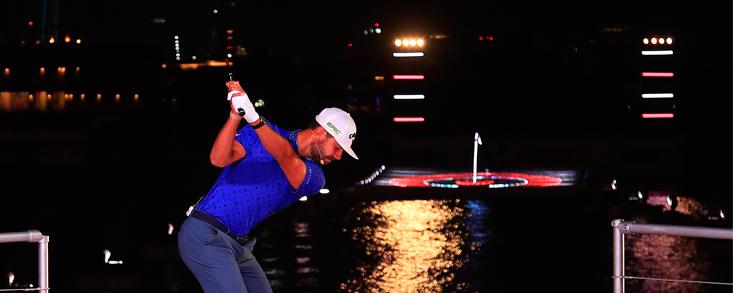 Espectáculo nocturno en Dubai con victoria de Erik Van Rooyen