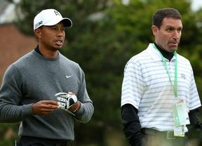 """Mark Steinberg dice que Tiger """"sigue sus tratamientos y está progresando"""""""
