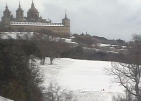La nieve colorea la Herrería