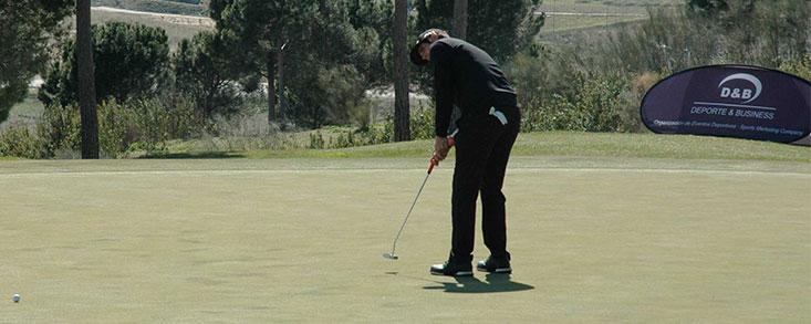 Nacho Elvira, primer líder en Golf Santander