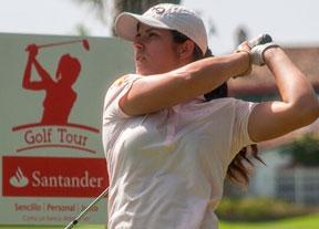 Natalia Escuriola apunta al título en el Real Club de Golf de Guadalmina