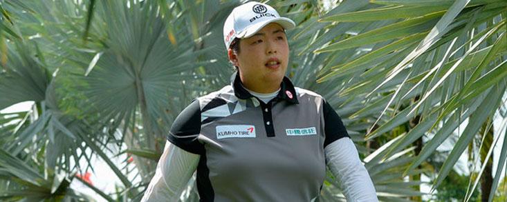 Shanshan Feng confirma su dominio y ya es líder en China con -7