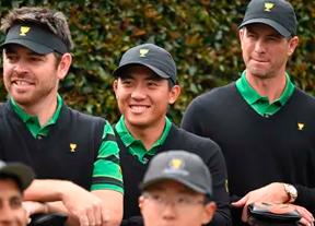 Ernie Els cambia las parejas y Tiger Woods mantiene tres para los foursomes