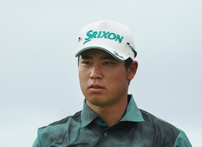Un intratable Hideki Matsuyama le roba todo el protagonismo a Tiger Woods que baja a la décima plaza
