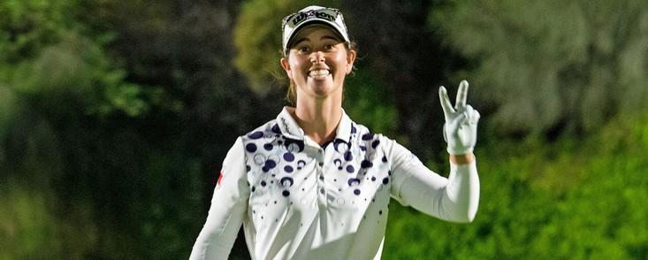 Buen comienzo de Nuria Iturrioz, cuarta a cuato golpes de Amy Olson