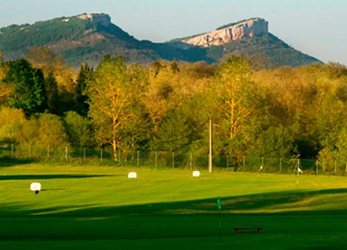 Izki Golf acoge el Challenge de España en el 25 aniversario del Club