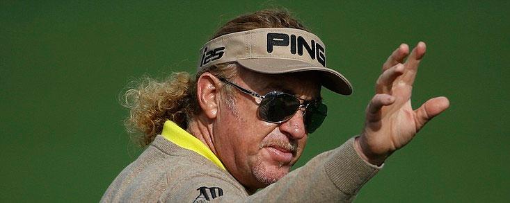 Jiménez, a cinco golpes de Monty en Hawai