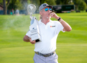 Jiménez termina el año con dos victorias en el Champions Tour