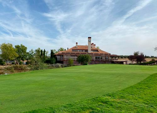 El Golf Campo de Layos acogió a los más pequeños con el Oso Bogey