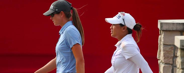 Cydney Clanton y Jasmine Suwannapura resuelven la igualdad en el dobles