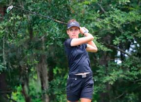 Meghan MacLaren da un paso para ganar el IOA Golf Classic