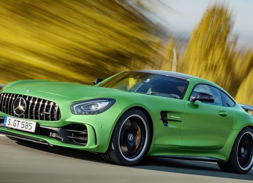 Mercedes AMG GT R, del circuito a la carretera