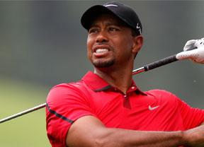 Sin noticias de Tiger Woods, que sigue trabajando para volver a jugar en 2016