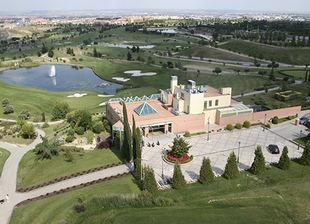 El Ayuntamiento de Barajas abre su primera Escuela de Golf en Olivar de la Hinojosa