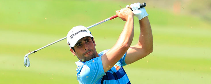 Adrián Otaegui, el mejor español en Oman a siete golpes del líder