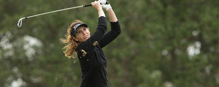 Florentina Parker aguanta en la primera posición
