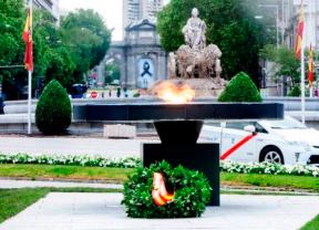Un pebetero en Cibeles recordará a los fallecidos
