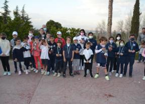 Más de 250 niños menores de 11 años disfrutando del golf