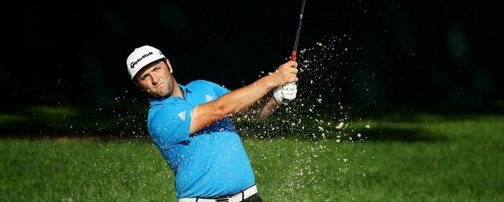Jon Rahm (-4) empieza fuerte con Rory McIlroy y Tiger Woods como protagonistas con ocho bajo par