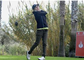María Hernández lidera el Santander Golf Tour de Lauro Golf