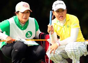 Saso mantiene su liderato en el Lotte Championship y Luna Sobrón es tercera