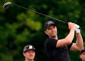 Un empate entre cinco jugadores deja todo por definir en el Kaskáda Golf Challenge