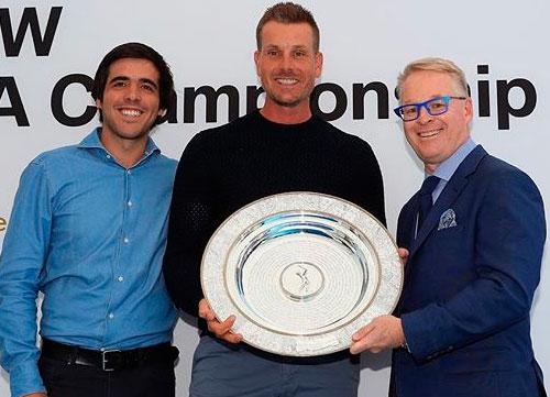 Stenson recibe el premio Seve Ballesteros