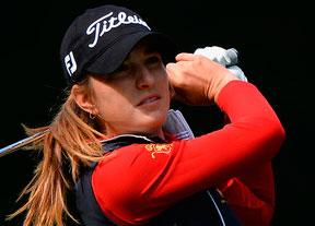 Luna Sobrón aguanta en el top ten camino a la LPGA