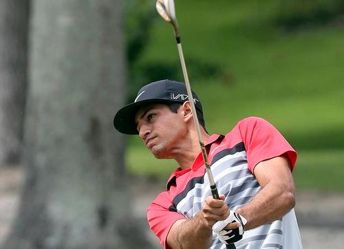 Julian Suri sigue enganchado al buen juego y colidera en Suiza
