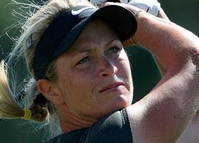 Suzann Pettersen afronta el último día en el liderato