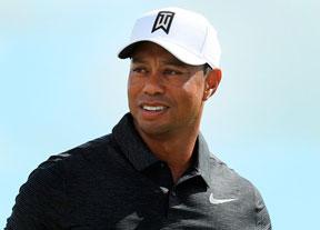 Tiger (69) vuelve a ser el centro de atención: