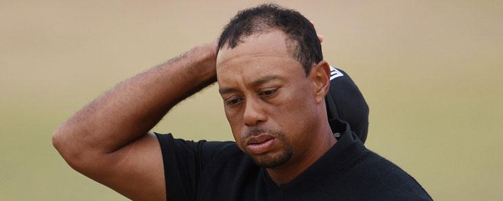 Tiger Woods sigue buscándose un día más